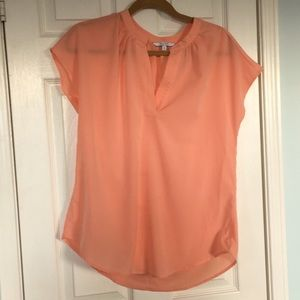 Alfred Sung fluttery cap sleeve blouse